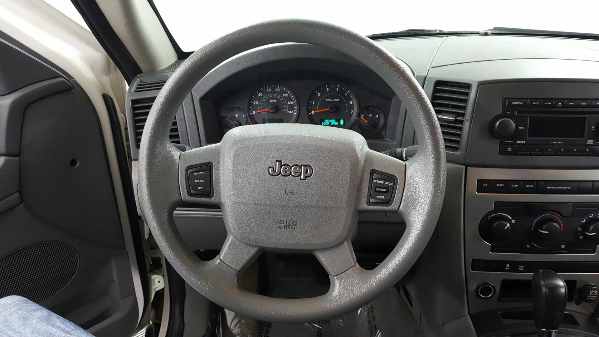 2005 Jeep Grand Cherokee Laredo - Jidd Motors