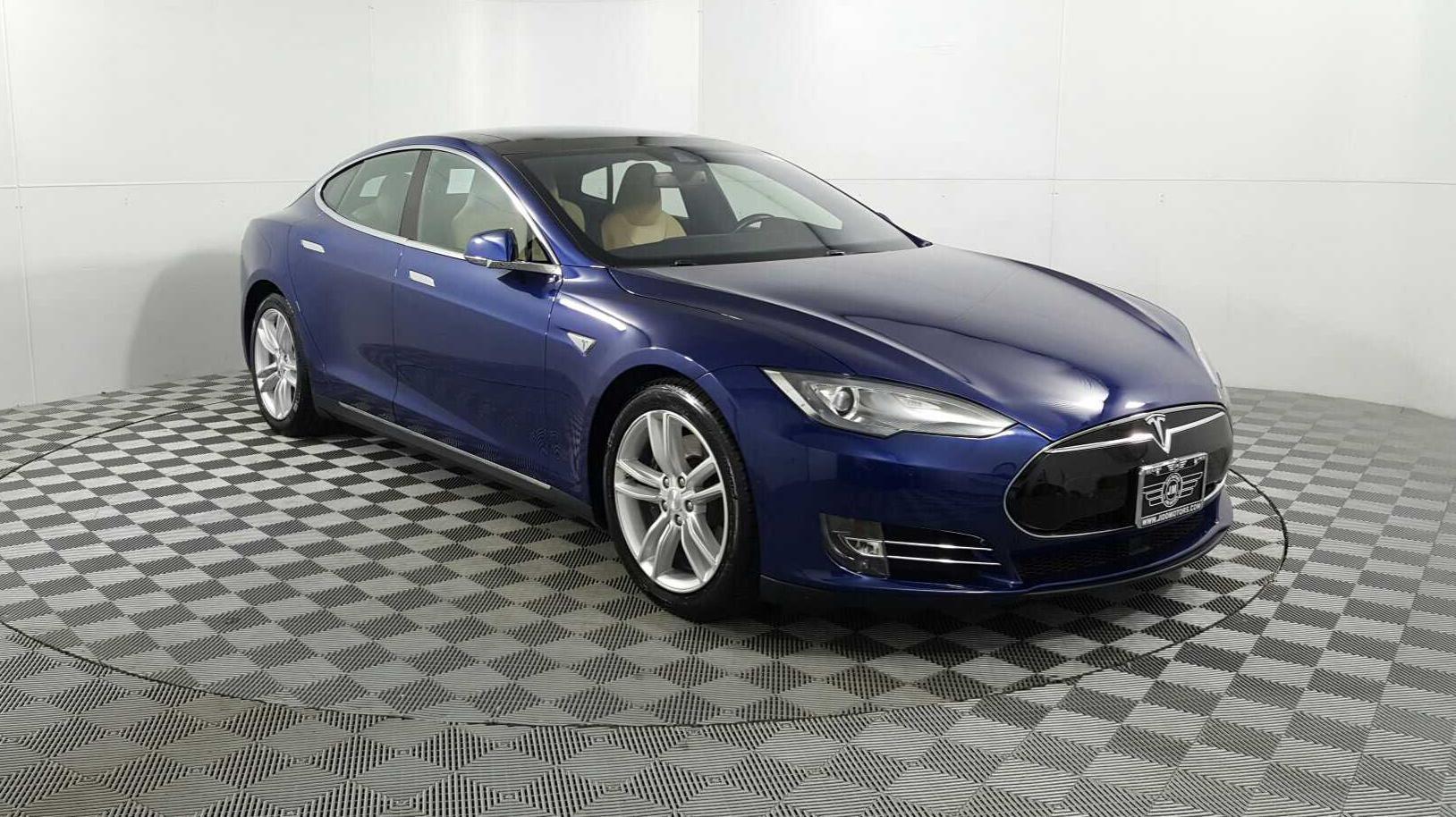 Sold 2015 Tesla Model S 85d In Des Plaines