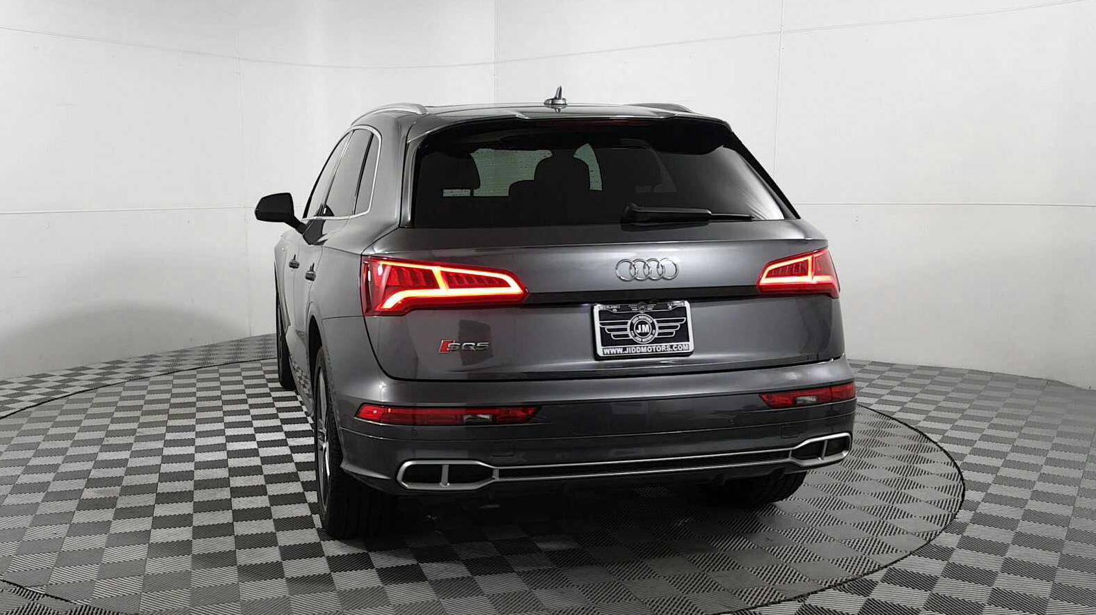 2018 Audi SQ5 Premium Plus quattro