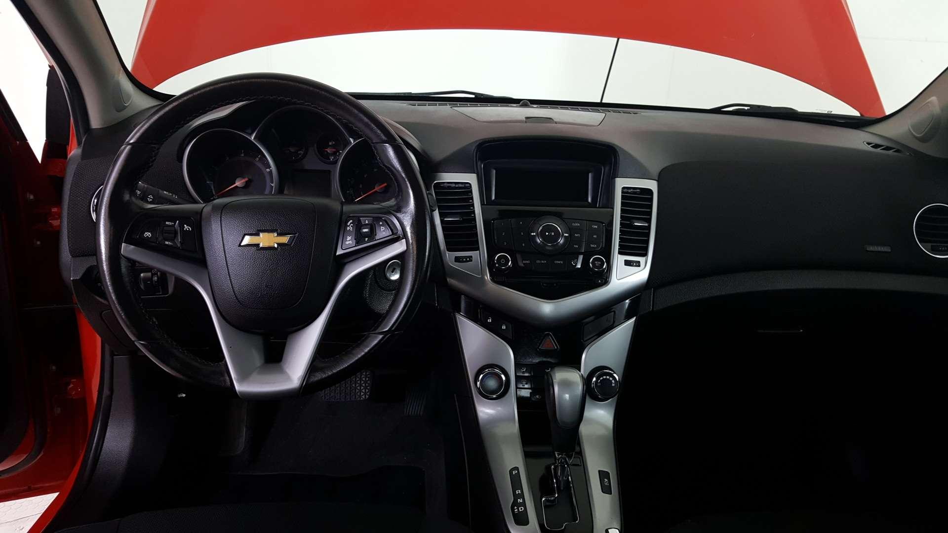 2014 Chevrolet Cruze: Certified Car in Winnipeg MB, Stock