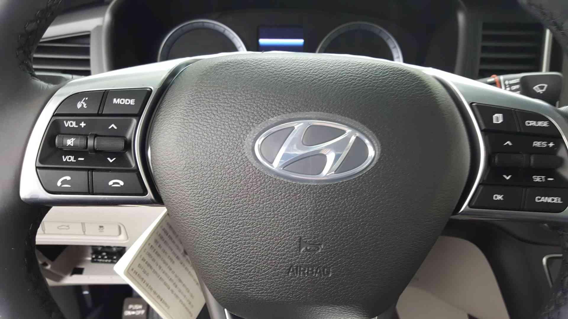 2019 Hyundai Sonata SEL 2 4L Phantom Black 4dr Car  A