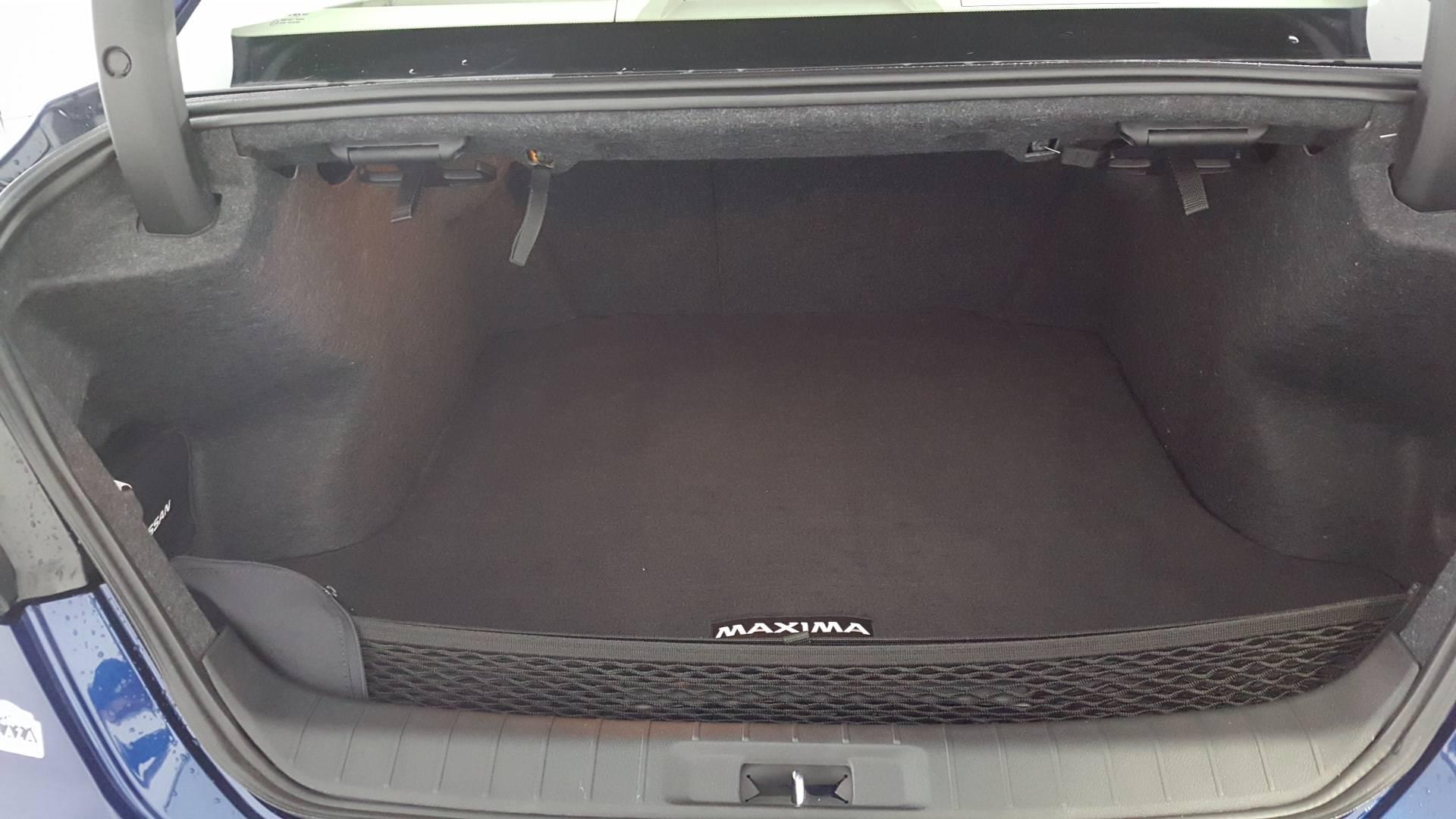2021 Nissan Maxima 4dr Car