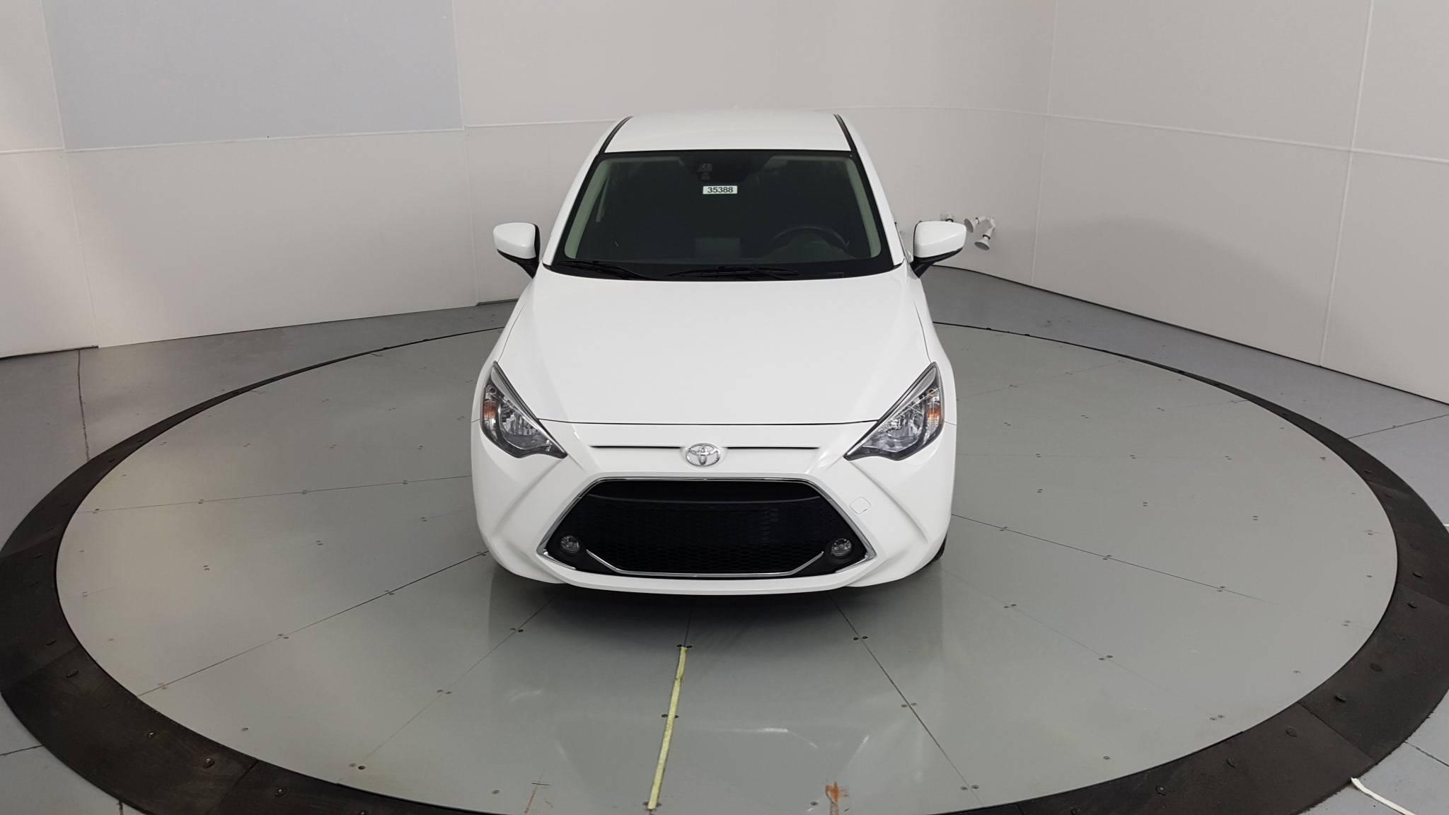 2019 Toyota Yaris 4dr Car