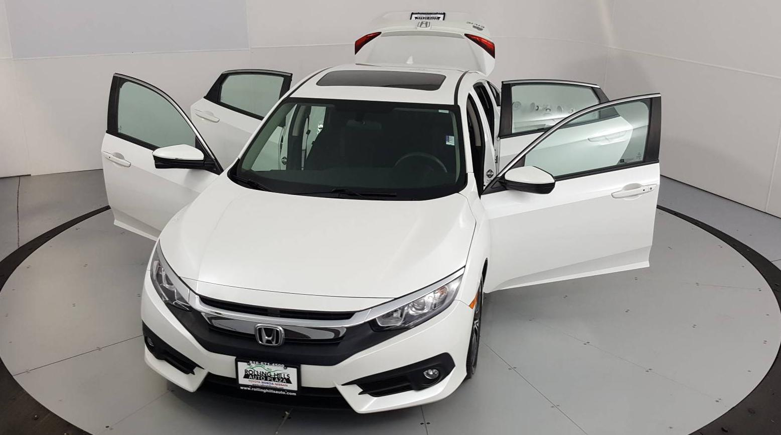 2017 Honda Civic 4dr Car