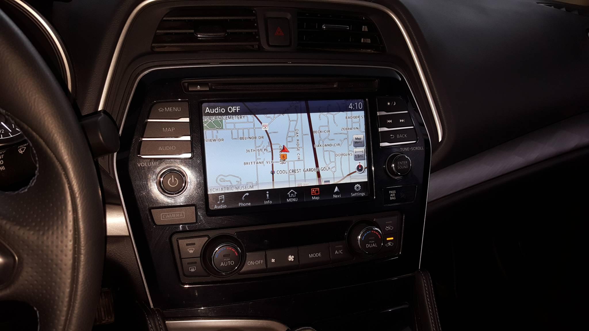 2018 Nissan Maxima 4dr Car