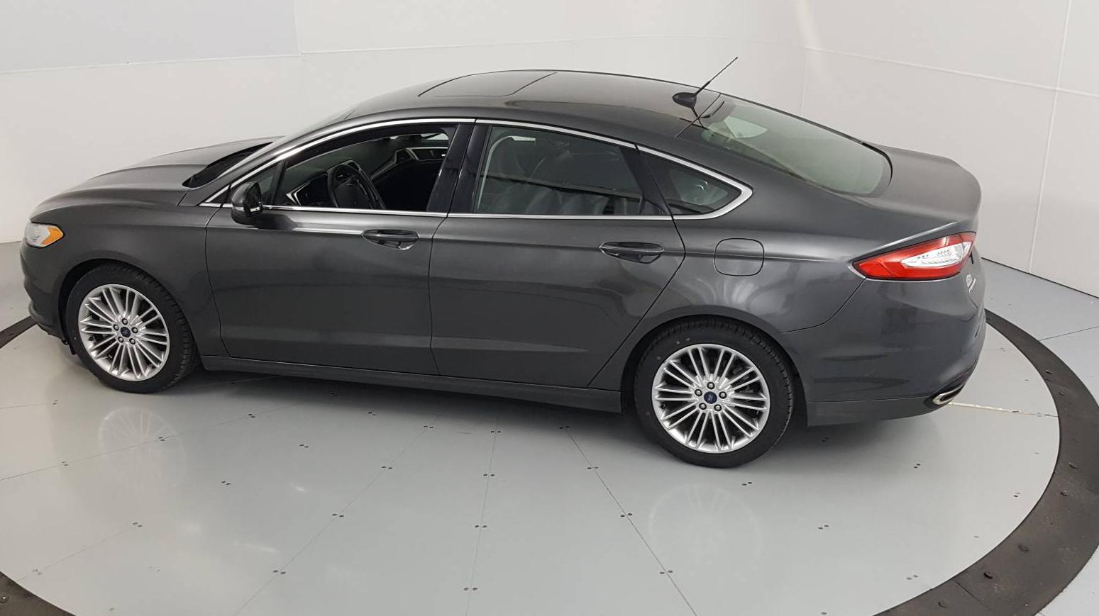 2016 Ford Fusion 4dr Car