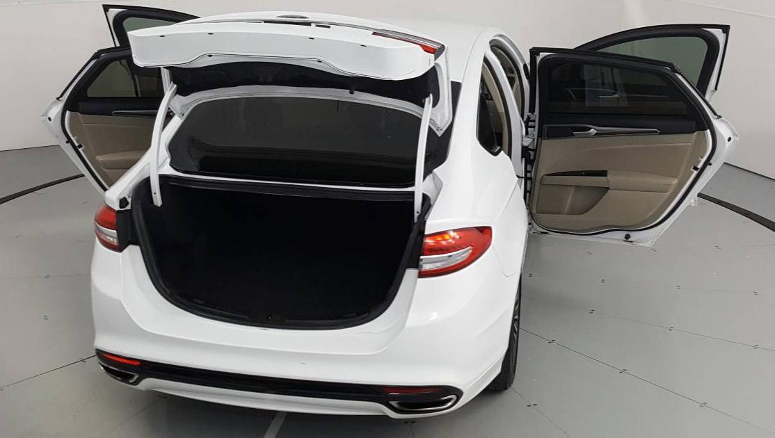 2017 Ford Fusion 4dr Car