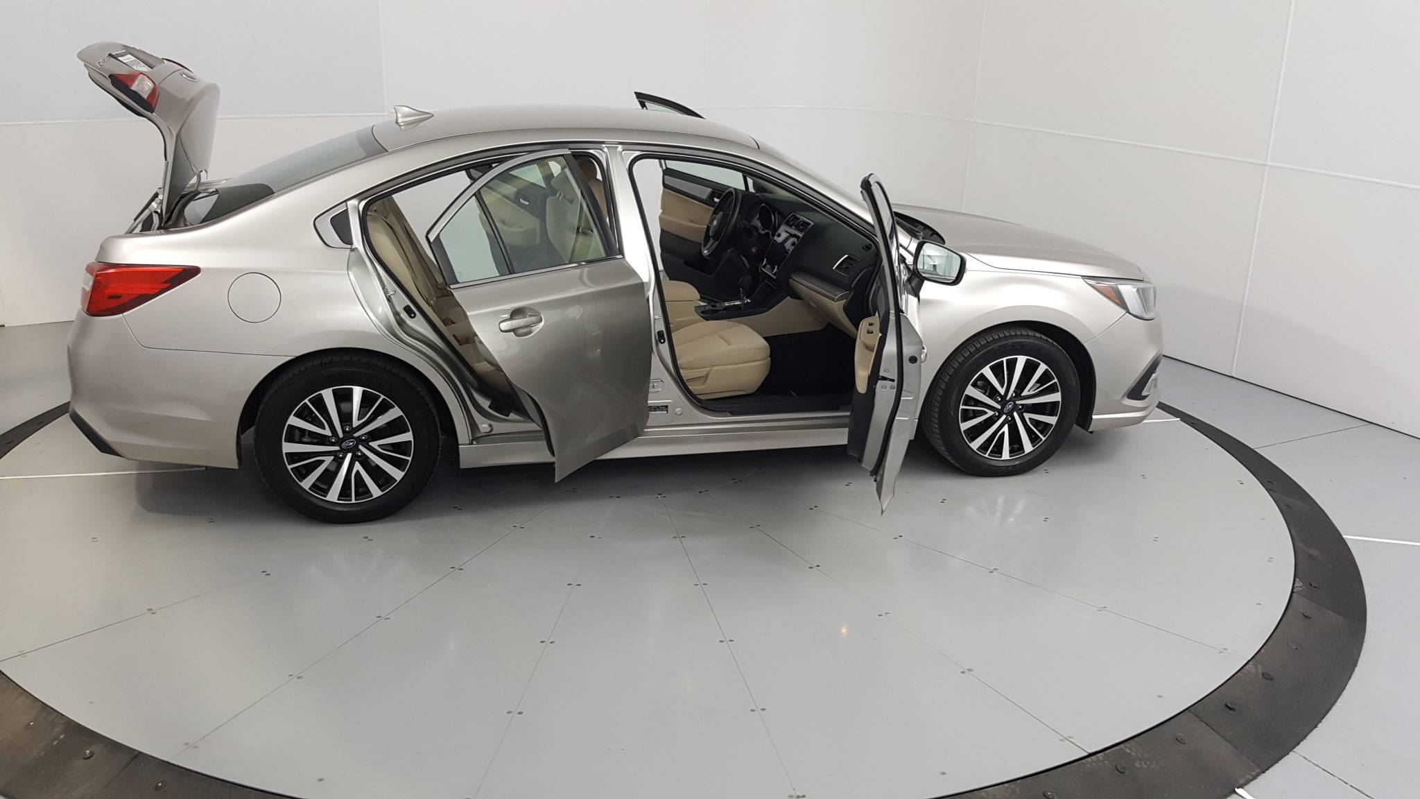 2018 Subaru Legacy 4dr Car